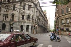 Eine Straßenszene in Shanghai lizenzfreies stockfoto