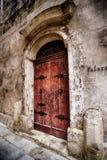 Eine Tür in der Stadt von Mdina, Malta Stockfotos