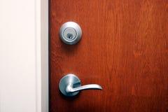 Eine Tür mit Systemblockade Lizenzfreie Stockfotografie