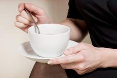 Eine Tasse Tee/Kaffee Lizenzfreies Stockbild