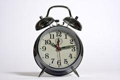 Eine traditionelle Alarmuhr Lizenzfreie Stockfotos