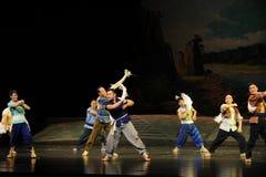 Eine Tuch Jiangxi-Oper wellenartig bewegen eine Laufgewichtswaage Stockfotos