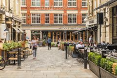 Eine typische Ansicht in London lizenzfreie stockfotos