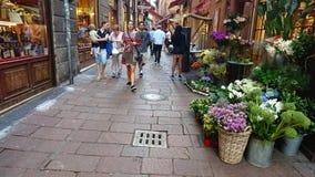 Eine typische italienische Straße stockfotos