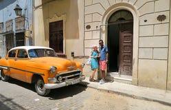 Eine unerwartete Sitzung von Europa und von Kuba Stockbild