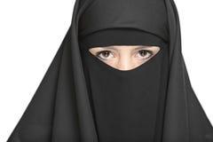 Eine verschleierte Frau Lizenzfreies Stockbild