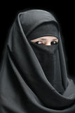 Eine verschleierte Frau Lizenzfreie Stockbilder