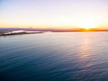 Eine Vogelperspektive Nationalparks Noosa bei Sonnenuntergang in Queensland Australien Stockfoto