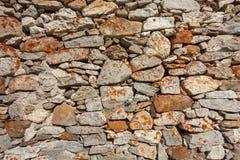 Eine Wand aufgebaut mit Steinen lizenzfreies stockfoto