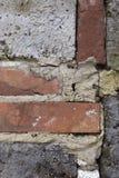 Eine Wand hergestellt von den Ziegelsteinen stockbild
