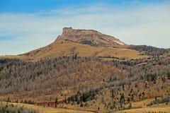 Eine Wyoming-Bergspitze stockfotos