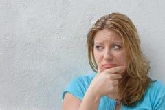 Eine Zeit zu weinen. Frauenschreien Lizenzfreies Stockbild
