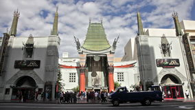 Eine Zeitspanne chinesischen Theaters TCL in Hollywood CA stock video footage