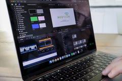 Einen Film in der Endfassung redigieren Pro lizenzfreie stockfotos