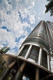 Einer von Petronas-Twin Towern Stockfotos