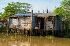 Einfache Häuser im der Mekong-Delta, Vietnam Stockbild