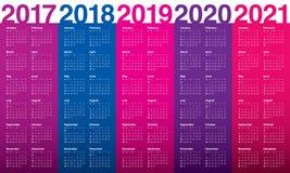 Einfache Kalenderschablone für 2017 bis 2021 Lizenzfreie Stockfotografie