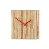 Einfache kleine hölzerne Wanduhr - quadratische Uhr lokalisiert auf weißem backgr Stockbilder