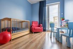Einfache Raumidee des blauen Babys der Art Lizenzfreies Stockbild