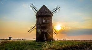 Einfache schöne Wind-Mühle Stockbild