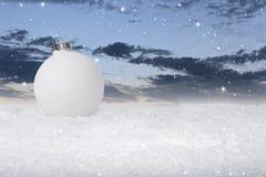 Einfacher Flitter der weißen Weihnacht lizenzfreie stockfotos