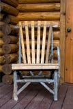 Einfacher handgemachter Stuhl Stockfotos