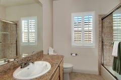 Einfaches Badezimmer Lizenzfreies Stockfoto