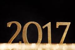 Einfaches Goldfunkeln 2017 neue Jahre Datums- Stockfotografie