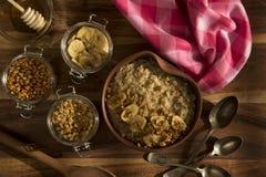 Einfaches Hafermehl-Frühstück Stockbilder