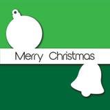 Einfaches Weihnachtskartendesign mit Flitter und Glocke im Grün und in w Lizenzfreie Stockfotos