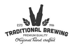 Einfarbiges Logo traditionellen Brauens der Weinlese vektor abbildung