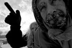 Einfrierende obdachlose Paare Lizenzfreie Stockfotografie