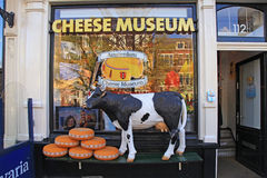 Eingang Amsterdams zum Käse-Museum Lizenzfreie Stockfotografie
