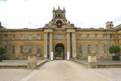 Eingang, Blenheim-Palast, Woodstock, Oxfordshire, England, Europa Stockbild