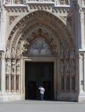Eingang an der alten Kirche Lizenzfreies Stockbild