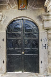 Eingang der Kirche des 19. Jahrhunderts in der alten Stadt von Xanthi, von Ost-Mazedonien und von Thrakien Lizenzfreie Stockfotos