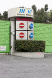 Eingang der Müllgrube Malagrotta in Rom (Italien) Stockfotos