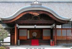 Eingang des buddhistischen Tempels Stockbild