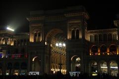 Eingang des Galleria Vittorio Emanuele II Lizenzfreie Stockfotografie