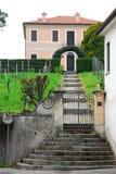 Eingang des Hauses in Breganze in der Provinz von Vicenza im Venetien (Italien) Lizenzfreie Stockbilder