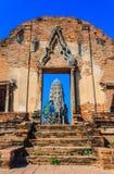 Eingang des Tempels, Ayutthaya Lizenzfreie Stockfotos