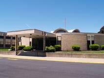 Eingang für eine katholische Schule Stockbild