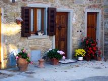 Eingang in Toskana, Italien Stockbild