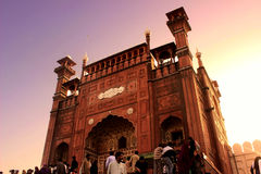 Eingang von Badshahi-Moschee Lahore Stockbild