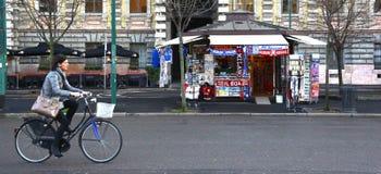 Eingang von Butike Fratelli Prada in Mailand, Italien Lizenzfreies Stockbild