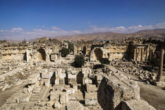 Eingang von Ruinen von Jupiter-Tempel und großes Gericht von Heliopolis in Baalbek, Bekaa Valley der Libanon Lizenzfreie Stockfotos
