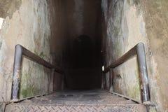 Eingang von Vietcong Tunnelsystemen im Cu-Chi in Vietnam, Asien Stockbild