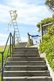 Eingang zu den Skulpturen durch den MeerBondi Strand Lizenzfreie Stockbilder