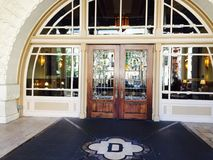 Eingang zu Driskill-Hotel Austin TX stockbild
