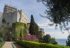 Eingang zu Duino-Schloss lizenzfreie stockbilder